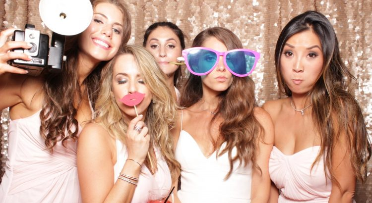 photobooths for hire, photo booth rental, wedding photo booth, wedding photo booth hire, photo booth hire Johannesburg, photobooth rental Pretoria, cheap photo booth